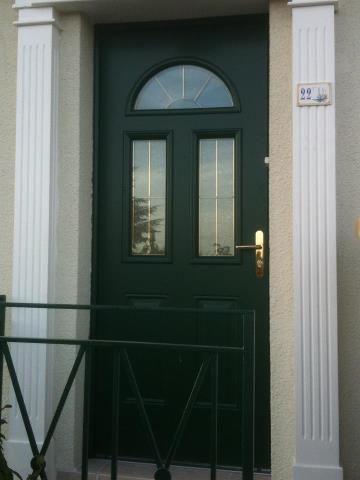 portes d entr es alu fen tre de la tour. Black Bedroom Furniture Sets. Home Design Ideas